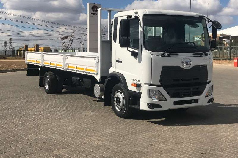 UD Truck Dropside Croner LKE 210 FC (H25) Auto 2018