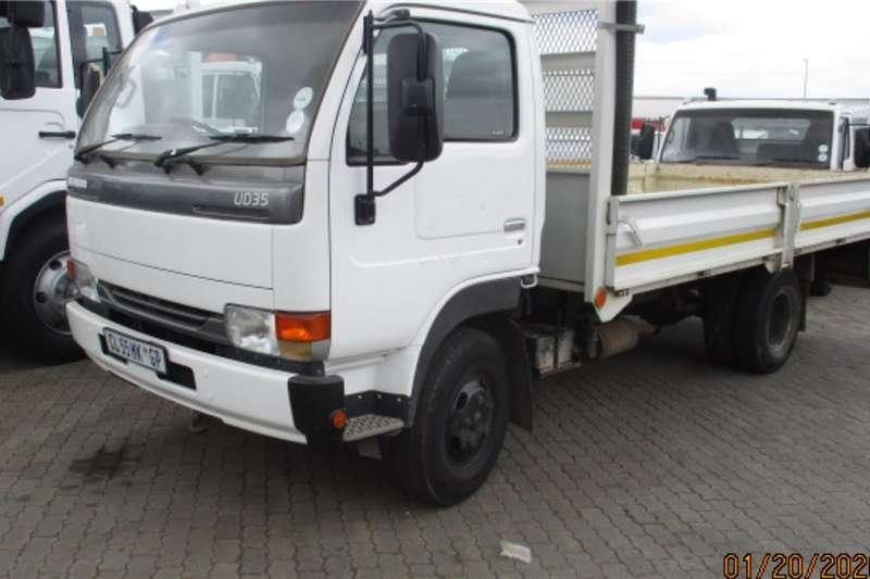 UD Truck Dropside NISSAN UD35 DROPSIDE 2013