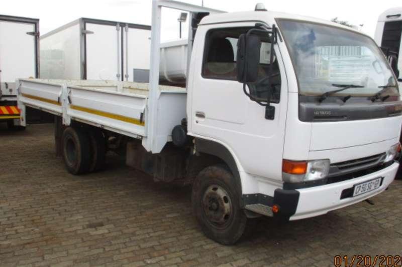 UD Truck Dropside NISSAN UD40 DROPSIDE 2013