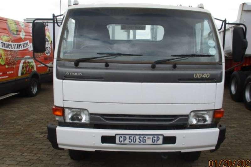 UD Dropside NISSAN UD40 DROPSIDE Truck
