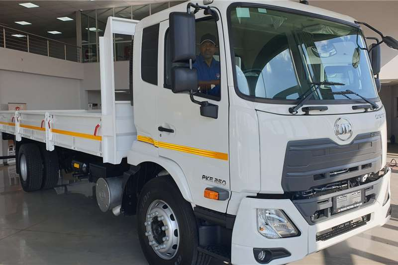 UD Truck Dropside UD CRONER PKE 250 AUTO 2020