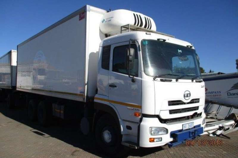 UD Truck Fridge truck 26 370 REFRIGERATED TRUCK 2015