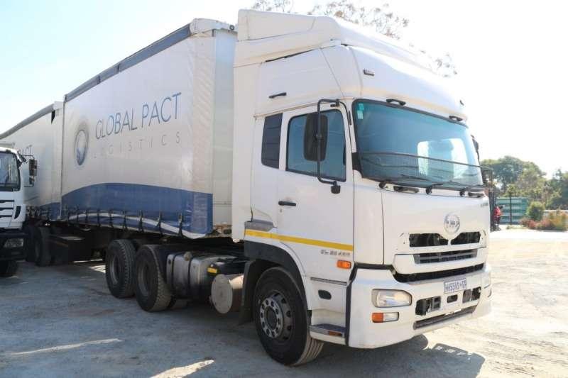 UD Truck GW26 490 6x4 Horse 2012