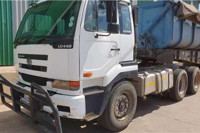 UD Lowbed 2006 UD 440 TT Truck