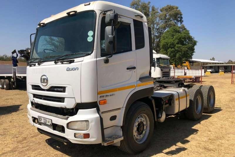 UD Truck-Tractor Double axle 2014 UD GW26 450 6x4 TT + Hi & Low Press Hydraulic 2014