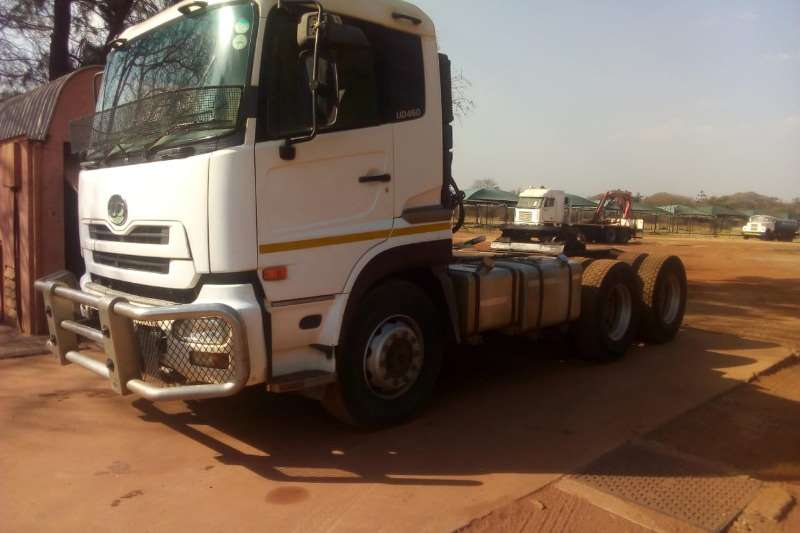 UD Truck-Tractor Double axle NISSAN DIESEL UD460 HORSE 2009