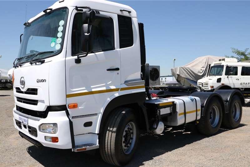 UD Truck tractors Double axle GW 26 490 2014