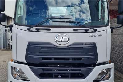 UD Double axle New UD Croner LKE210 AT H44 with 7.2m Dropside Truck tractors