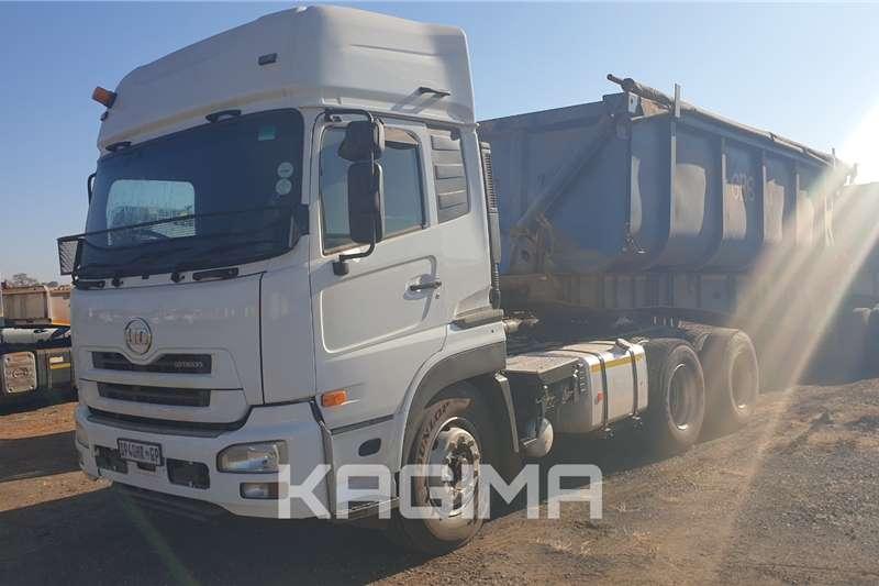 UD Truck tractors Quon GW26 450 2015