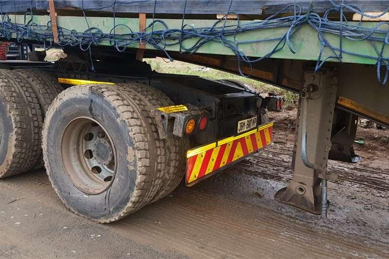 UD UD Qouns GW 26 450 HR (E16) Truck