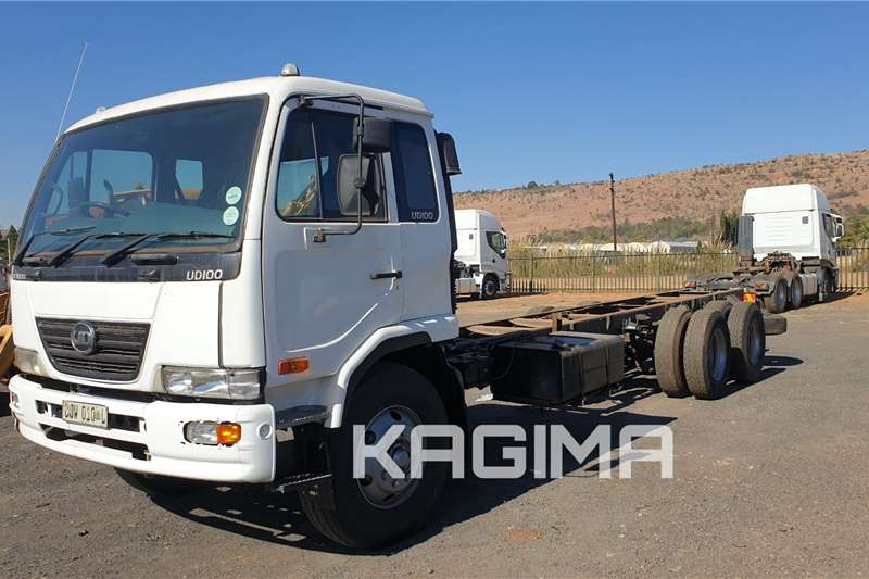 UD Truck UD100 chassis cab 6x2 2011