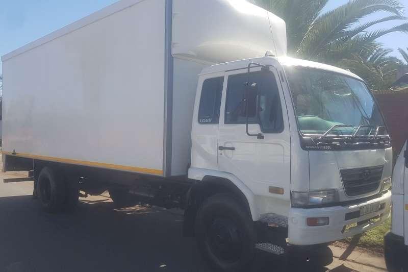 UD Truck Volume body UD80 2012