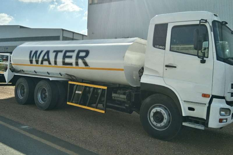 UD Truck Water Tanker UD460 16 000L WATER BOWSER 2011