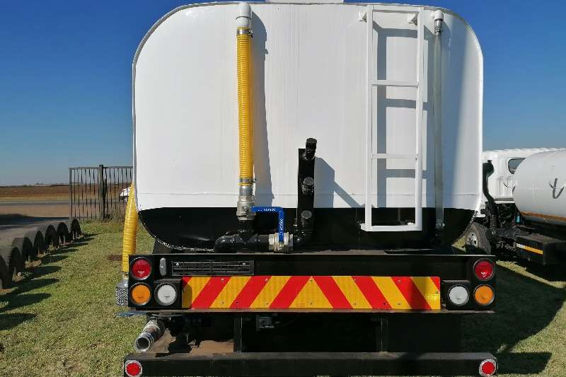 UD 390 Water bowser trucks