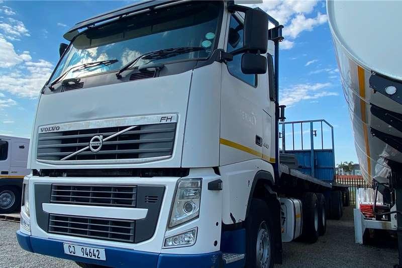 Volvo 6 x 4 FH 440 With A Drawbar Trailer Chassis cab trucks