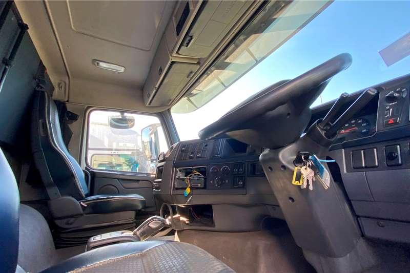 Volvo FH 440 Rigid Chassis cab trucks