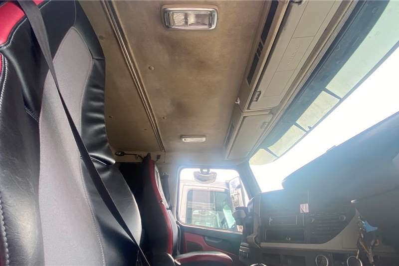 Volvo FM 400 Chassis cab trucks