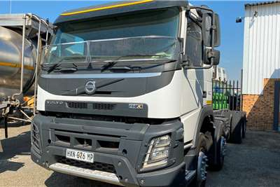 Volvo FMX 480 Twinsteer Chassis cab trucks