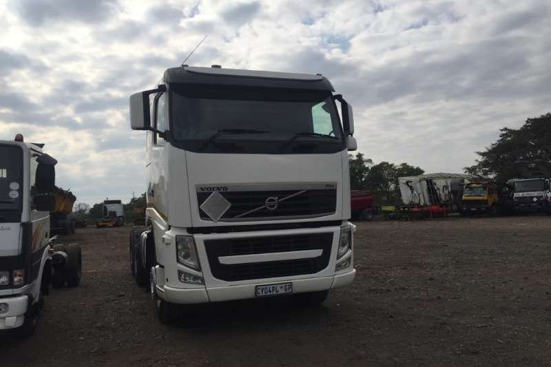 Volvo Chassis cab trucks VOLVO VERSION 3 FH480 WITH RETARDER 2013
