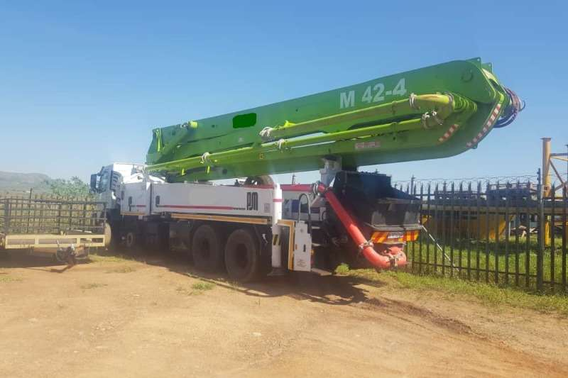 Volvo M42.4 Concrete pump trucks