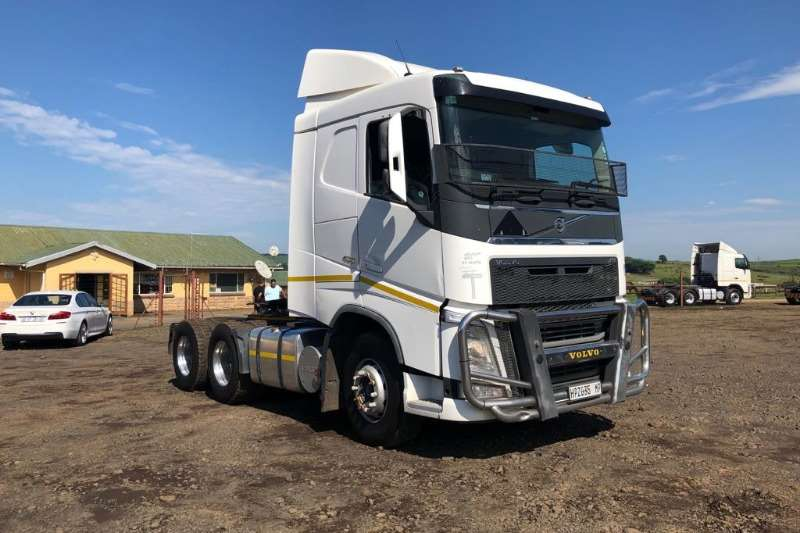 Volvo Chassis cab VOLVO FH 480 IMMAC COND LOW MIL Truck
