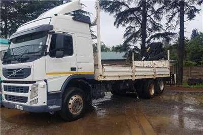 Volvo Crane truck FH330 Truck