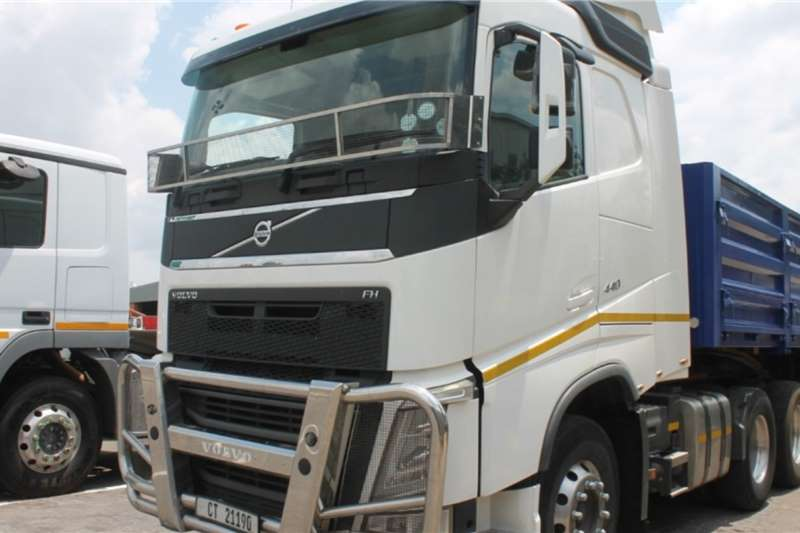 Volvo Truck FH440 6x4 Horse 2015