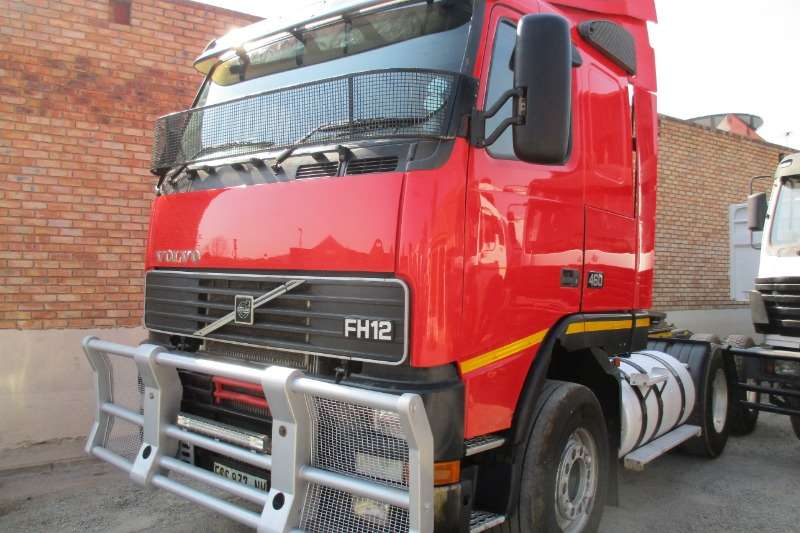 Volvo Truck FH460 2002