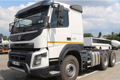 Volvo Truck FHX440 6x4 Horse 2015