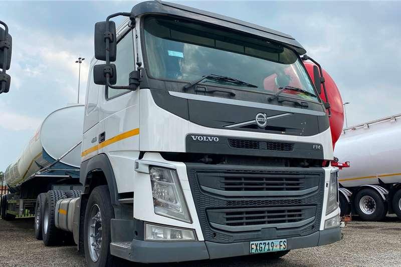 Volvo FM 400 Car Carrier TagAxle Truck