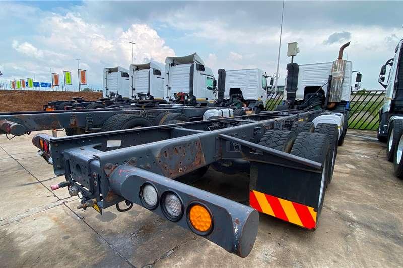 Volvo FMX 520 Twinsteer Truck