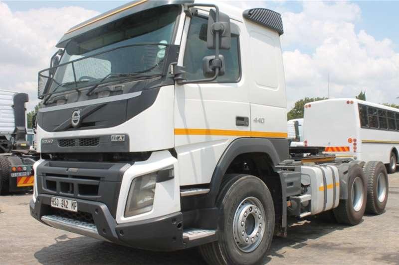 Volvo Truck FMX440 6x4 Horse 2015