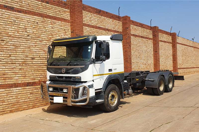Volvo Truck FMX440,VERSION 4,6x4 CHASSIS CAB 2014