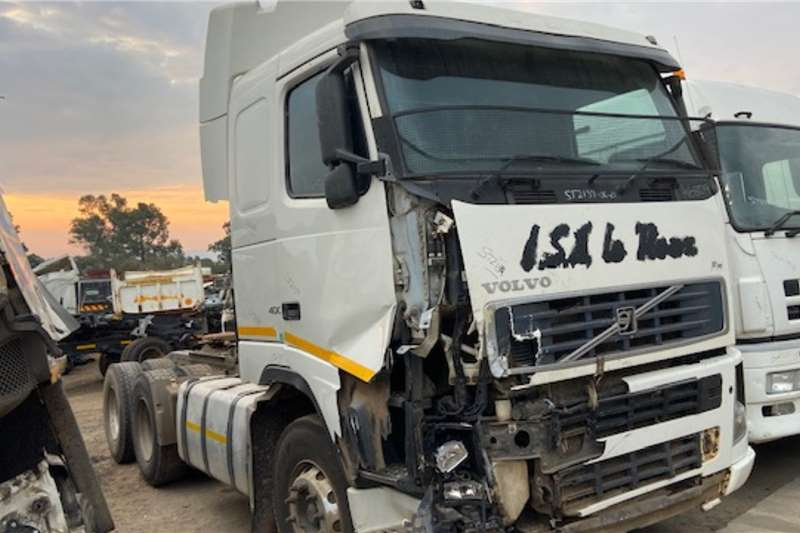 Volvo FH400 SELLING AS IS OR STRIPPING FOR PARTS Truck spares and parts