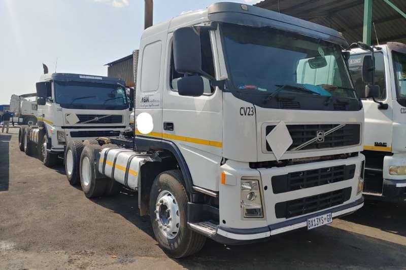 Volvo Truck-Tractor 400 2008