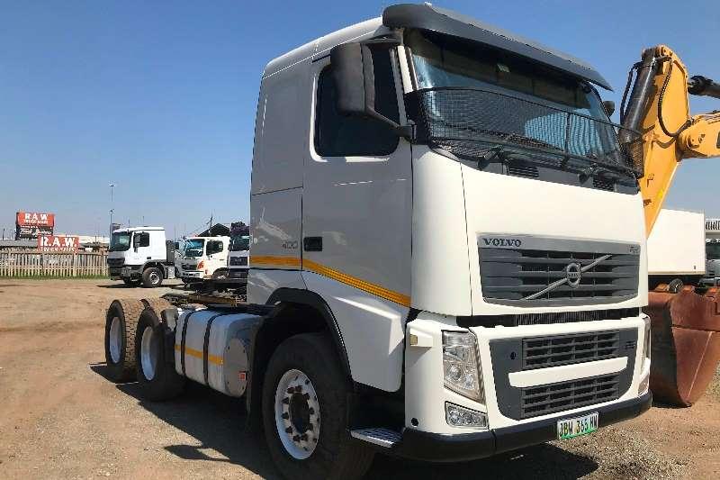 Volvo Truck-Tractor Double axle 2010 Volvo FH400 2010