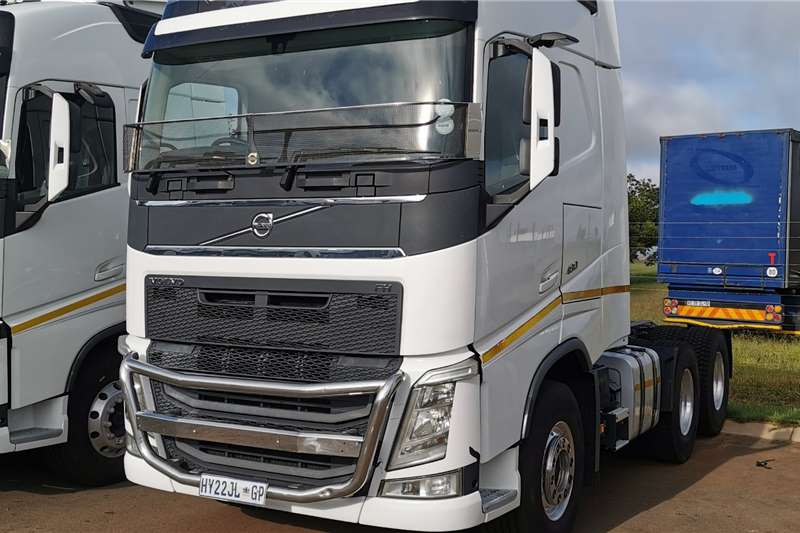 Volvo Truck-Tractor Double axle 2015 FH 480 Globetrotter 2015