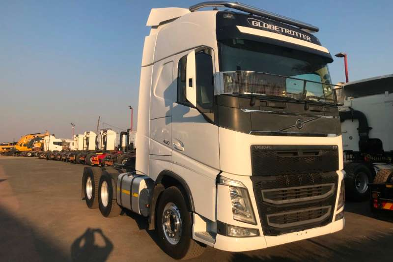 Volvo Truck-Tractor Double Axle 2016 Volvo FH480 Globetrotter 2016