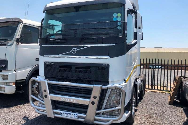 Volvo Truck-Tractor Double axle Volvo FH 13 V4 t/t 6x4 2016