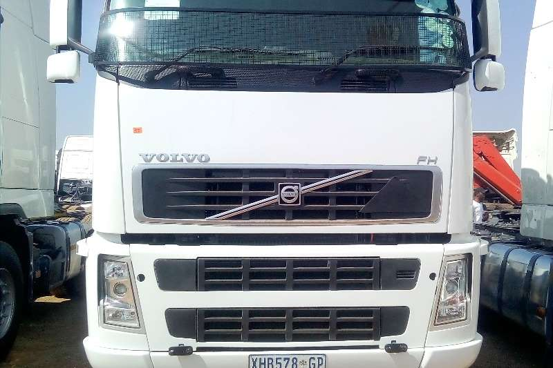 Volvo Truck-Tractor Double axle VOLVO FH 480 HORSE POWER 2008