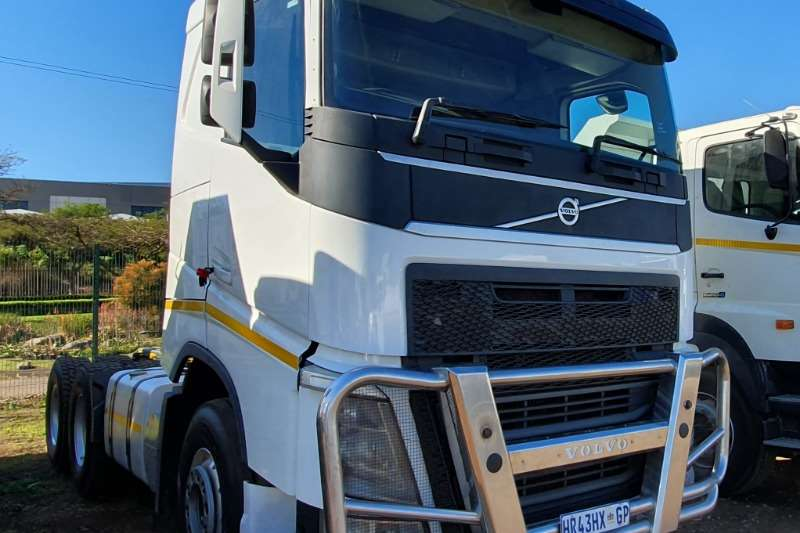 Volvo Truck-Tractor Double axle VOLVO FH 6x4 MECHANICAL HORSE