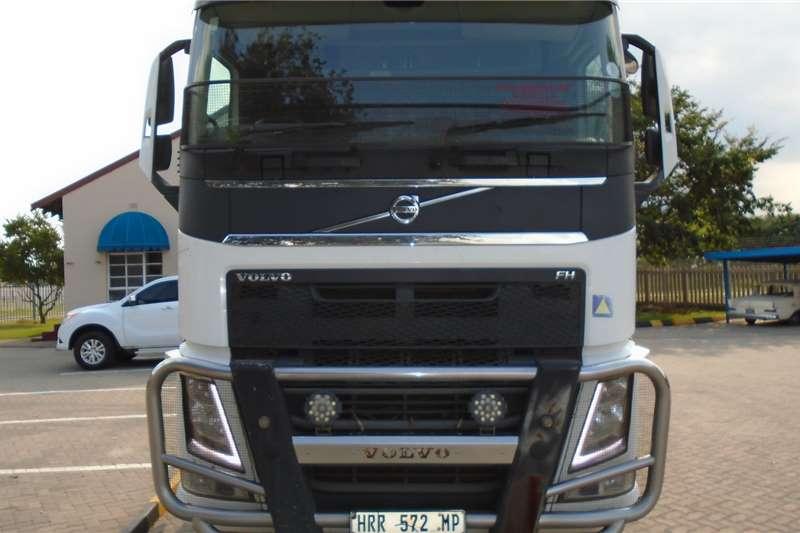 Volvo Truck-Tractor Double axle Volvo FH440 2015