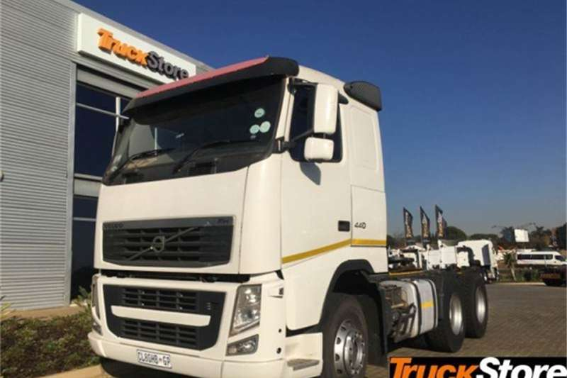 Volvo Truck-Tractor FH 440 2013