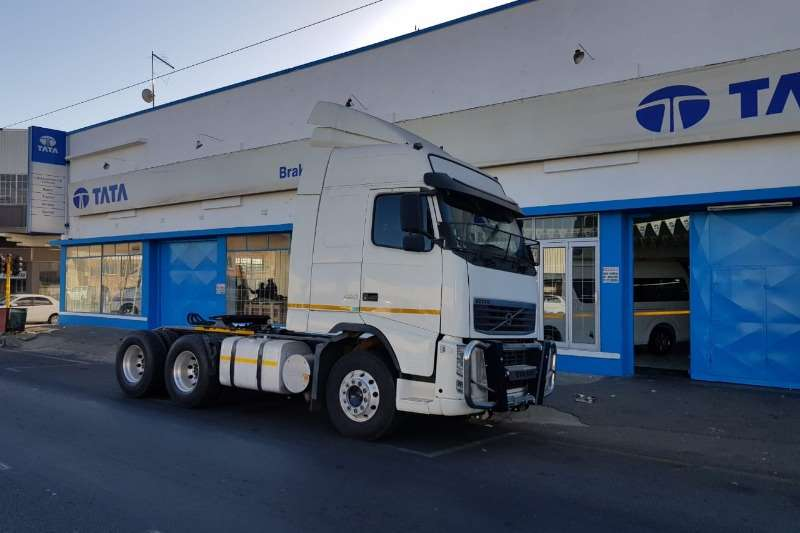Volvo Truck-Tractor FH 480 Globetrotter 6x4 2013