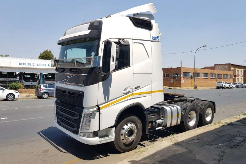 Volvo Truck-Tractor FH 480 Version 4 Globetrotter with retarder 6x4 tr 2015
