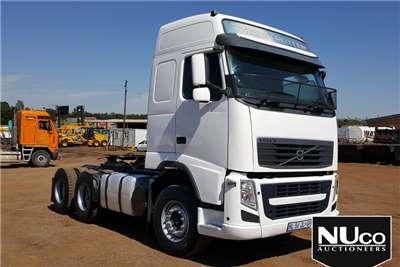 Volvo VOLVO FH 6X4 HORSE Truck-Tractor Trucks for sale in