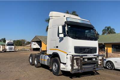 Volvo Double axle 2013 Volvo Fh 440 globetrotter with hub reductions Truck tractors