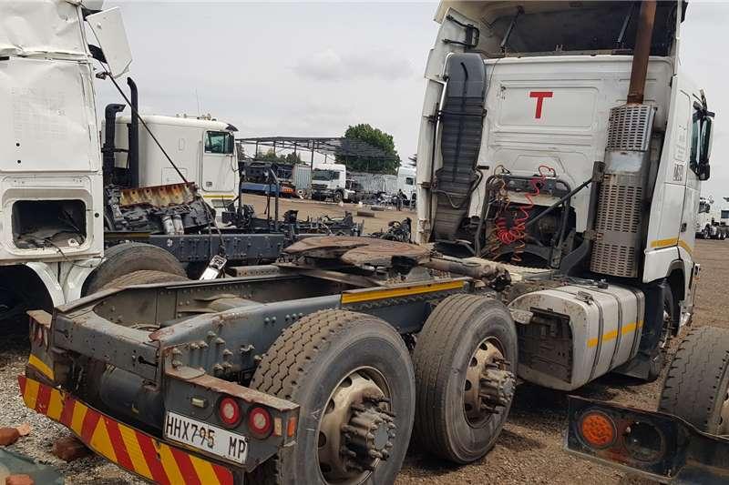 Volvo Double axle FH400 6x2 REPO Truck tractors