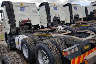 Volvo Double axle FH440 V3 Retarder Truck tractors