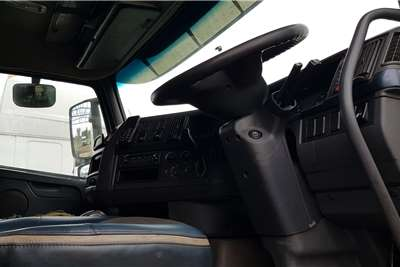 Volvo Double axle FH440 Version 3 Retarder Truck tractors